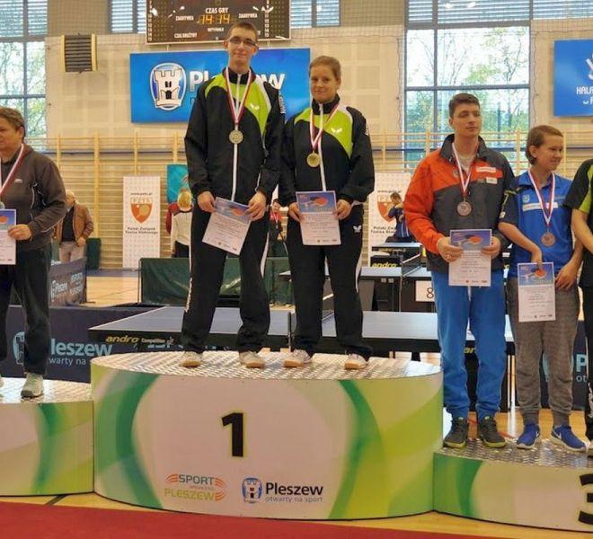 Brązowy medal mikst Paweł Mazuryk Karolina Pęk w klasie 6-10