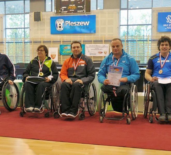 Mistrz Polski mikst w klasie 1-5 (wózki) Krzysztof Żyłka IKS wraz z Małgorzatą Sosnowską IKS AWF Warszawa