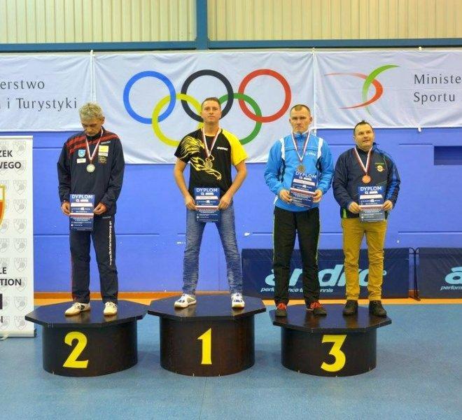 srebrny medal w singlu Jerzy ZAJDEL klasa 11