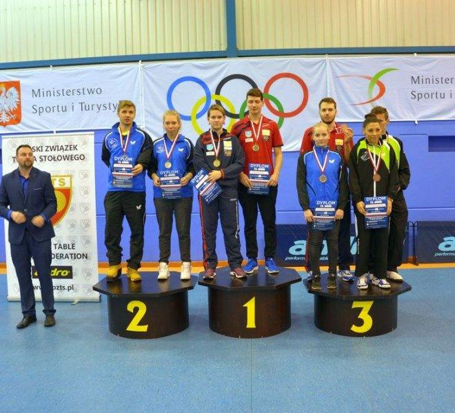 zloty medal para mieszana Karolina PĘK Paweł MAZURYK w klasie 6-10