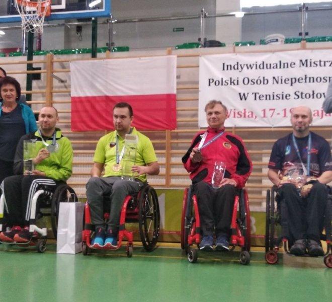 Piotr Sokalski brązowy medal w singlu klasa 2